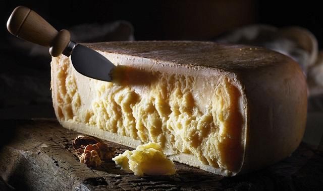 Il mondo dei formaggi: consigli per scegliere