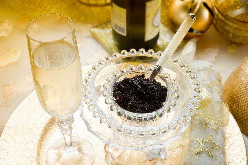 abbinare caviale e vino