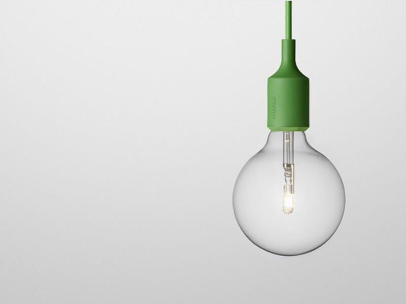 lampada  greenery pantone