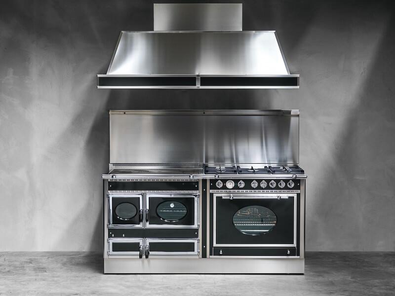 La cucina Country di J. Corradi: il fascino del forno a legna Cucine ...
