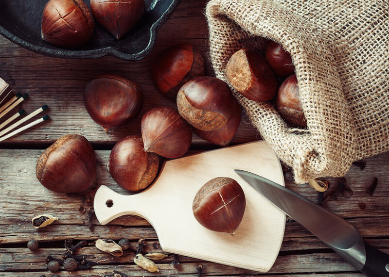 Crema di castagne affumicate, lenticchie e frutto della passione di Carlo Cracco