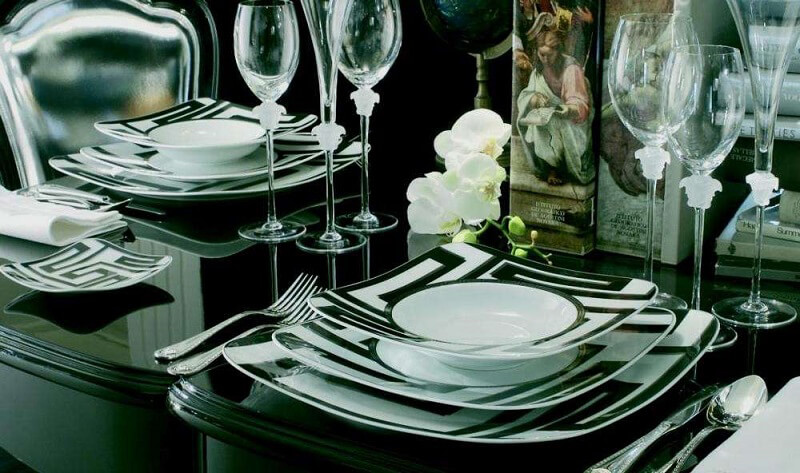 mise en place di capodanno bianco nero versace-by-rosenthal