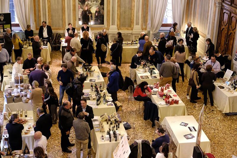 Extraordinary Food and Wine