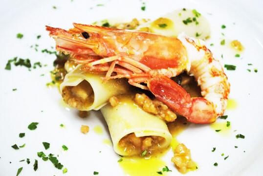 Rotoli di Grano Saraceno,con Pesce Spada, Melanzana fritta e Gambero del Mediterraneo ok