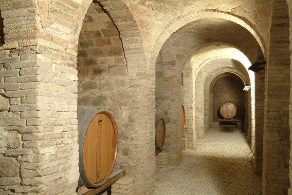 Marche:Azienda Agricola Moroder (grotta)