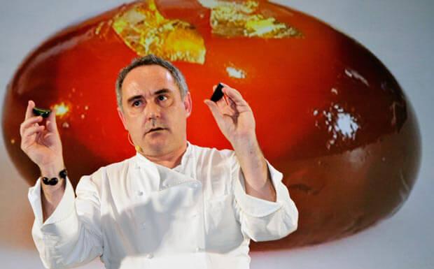 """Ferran Adrià  è senza dubbio lui il più famoso esponente internazionale di quella che è stata definita """"cucina molecolare"""", che si occupa di studiare la gastronomia secondo un approccio particolarmente sperimentale e scientifico, manipolando gli alimenti da un punto di vista fisico e chimico."""