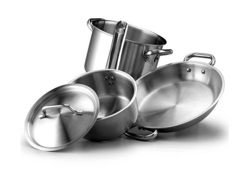 pentole acciaio in cucina