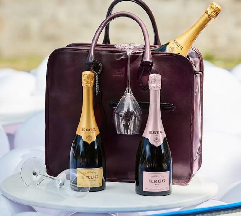 borsa champagne restyling della casa san valentino
