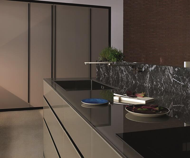 Valcucine_Artematica vetro in cucina