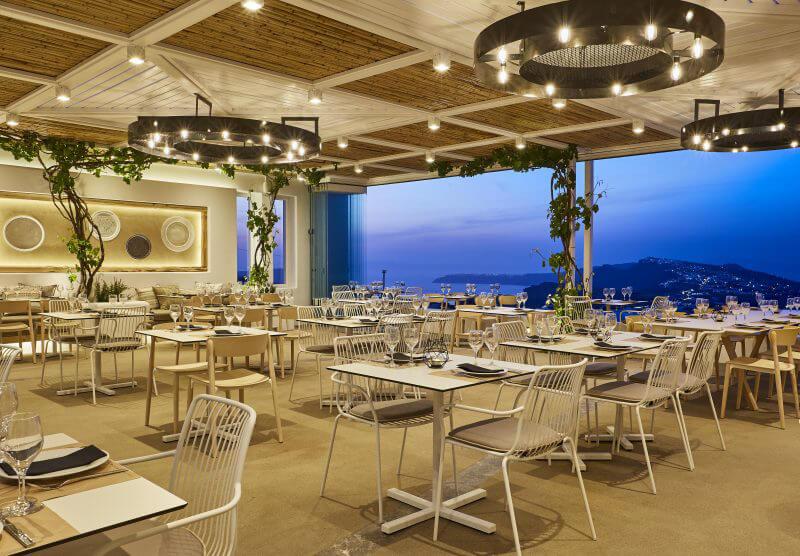 Pyrgos Restaurant_Santorini_Pedrali_ph credits Antonis Eleftherakis photography (6)