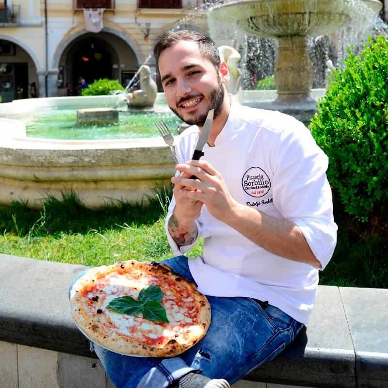 Pizza in teglia di Rodolfo Sorbillo
