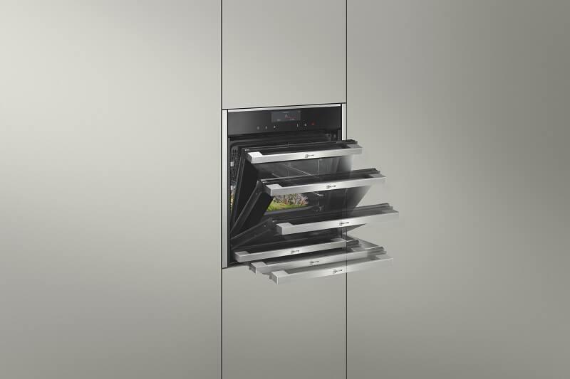 Cucina con vista Forni Slide&Hide Neff