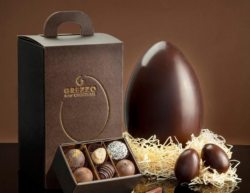 Uovo di cioccolato crudo Grezzo Raw Chocolate